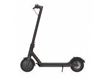 Scooter Mi Electric negro c/luces delanteras y traseras.